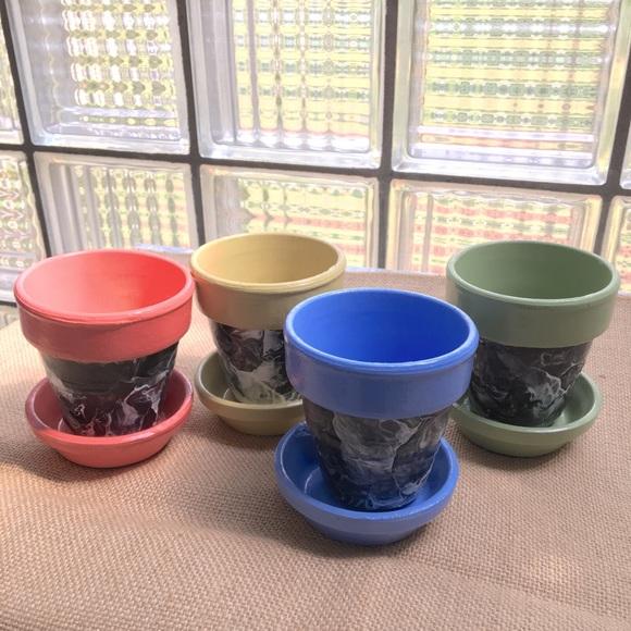 Set of 4 Handmade Terracotta Planters!